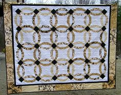 Wedding Ring Patchwork Traditional Twin Bed by thebutterflyquilter, $375.00