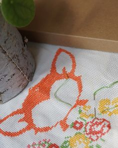 🇬🇧 Fox in the making🦊 First day of the year could be the perfect craft stitching day – do you have any projects on going?😍 🇸🇪 En räv på gång🦊 Årets första dag kan vara den perfekta dagen för lite broderi - har ni några projekt på gång?😍 Cute Embroidery Patterns, Embroidery Kits, Cross Stitch Embroidery, Be, Cross Stitch Designs, Diy Kits, Tool Design, Design Crafts, Folklore