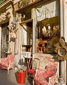 Favorite brocante in Paris-L'Objet Qui Parle...
