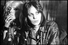 Joan Jett Young, Chris Stein, Blondie Debbie Harry, Riot Grrrl, Straight Guys, Music Photo, Woman Crush, Rock Music, Music Videos