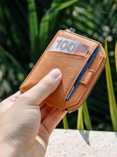 Leather Men, Leather Wallet, Rfid Wallet, Minimalist Fashion, Money Clip, Bring It On, Card Holder, Zipper, Pocket