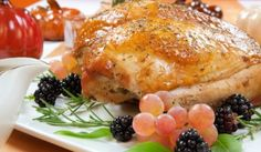 Turkey breasts are known for providing a lean, flavorful source of protein that can be easily prepared in the oven. The average turkey breast weighs from Turkey In Oven, Whole Turkey, Baked Turkey, Cooking Turkey, Turkey Time, Oven Roasted Turkey Breast Recipe, Roast Turkey Breast, 8 Lb Turkey Breast Recipe