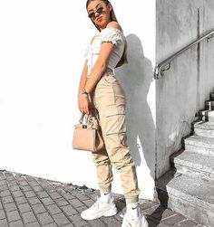High Waist Cargo Pants - LePastell Concealed fly with button fastening Functional pockets Cargo design Fitted cuffs Tapered leg Regular cut Fits you just right. SEE DETAILS Teenage Outfits, Teen Fashion Outfits, Sporty Outfits, Cute Casual Outfits, Mode Outfits, Look Fashion, Summer Outfits, Girl Outfits, Picnic Outfits