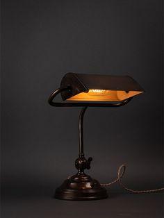 Lovely Bankers table lamp circa 1940 Art Deco Lighting, Antique Lighting, Desk Lamp, Table Lamp, Bankers Lamp, Art Nouveau, Sconces, Restoration, Antiques