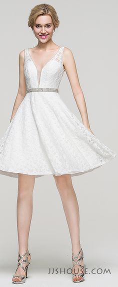This A-line V-neck knee-length lace Homecoming dress proves that less is more. Such a simple withte dress can make people around you feel very comfortable. #JJsHouse