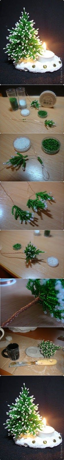 Herringbone Beans Miniature Christmas Tree by Morwen Beaded Christmas Ornaments, Noel Christmas, All Things Christmas, Winter Christmas, Christmas Decorations, Christmas Projects, Holiday Crafts, Miniature Christmas Trees, Wire Trees