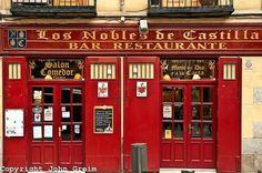 Restaurante Los Nobles de Castilla.   c/ Toledo 28, Madrid.   Situado entre La Latina y la Plaza Mayor.