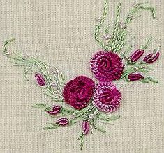 Wonderful Ribbon Embroidery Flowers by Hand Ideas. Enchanting Ribbon Embroidery Flowers by Hand Ideas. Brazilian Embroidery Stitches, Types Of Embroidery, Rose Embroidery, Japanese Embroidery, Hand Embroidery Stitches, Learn Embroidery, Silk Ribbon Embroidery, Embroidery Techniques, Embroidery Kits