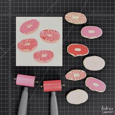 Spending most of my time working on the upcoming printmaking book, but able to squeeze in a fun donuts idea here in three colors