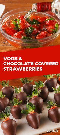 Chocolate Covered Strawberries Vodka Chocolate Covered Strawberries will make you forget you're single on Valentine's Day.Vodka Chocolate Covered Strawberries will make you forget you're single on Valentine's Day. Chocolate Strawberries, Chocolate Covered Strawberries, Vodka Strawberries, Beste Cocktails, Delish Com, Alcoholic Desserts, Homemade Chocolate, Chocolate Chocolate, Chocolate Snacks