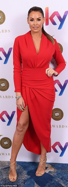 4d7e3ec78862f Glam: Meanwhile Jess Wright ensured all eyes would be on her and she looked  ravishing