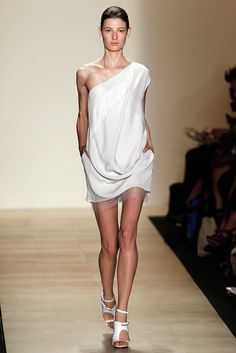 BCBG Max Azria Spring 2011 Ready-to-Wear Collection Slideshow on Style.com