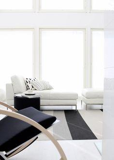 Via Lisbet E | Black and White | Scandinavian Living Room//