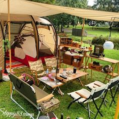 Camping 101, Camping Style, Camping Glamping, Camping Life, Family Camping, Outdoor Camping, Mountain Cabin Decor, Materiel Camping, Cabin Tent
