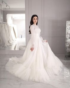 Fancy Wedding Dresses, Civil Wedding Dresses, Red Bridesmaid Dresses, Prom Dresses With Sleeves, Modest Dresses, Bridal Dresses, Grey Evening Dresses, Pakistani Wedding Outfits, Baby Girl Dress Patterns