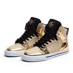 I ordered these, I can't wait for them to get here! :D SUPRA WMNS VAIDER Shoe | GOLD / BLACK - WHITE | Official SUPRA Footwear Site