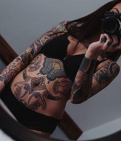 Neo Traditional, Traditional Tattoo, S Tattoo, All Tattoos, Inked Girls, Body Painting, Tattoo Artists, Tatting, Model