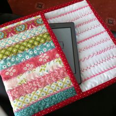 Homemade Kindle case <3
