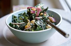 Vegan Kale Peanut Salad - great with sauteed mushrooms and brown rice!
