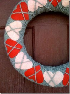Valentines Argyle inspired wreath (Cute!)