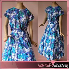 Vintage 1970s Smashing Rope & Flower Print Pleated Bohemian Summer Dress UK14  http://www.ebay.co.uk/itm/Vintage-1970s-Smashing-Rope-Flower-Print-Pleated-Bohemian-Summer-Dress-UK14-/302008450398?hash=item46511b3d5e:g:XuQAAOSweWVXf5Mq