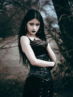 Exhilarating Jewelry And The Darkside Fashionable Gothic Jewelry Ideas. Astonishing Jewelry And The Darkside Fashionable Gothic Jewelry Ideas. Hot Goth Girls, Gothic Girls, Goth Beauty, Dark Beauty, Steam Punk, Chica Dark, Dark Black, Gothic Photography, Gothic Models