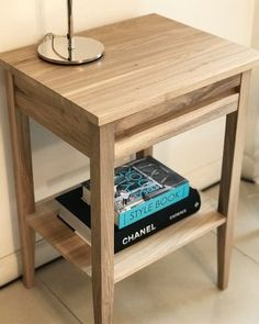 mesa de luz kenya Decor, Furniture, Table, Home, Interior, Bedside Table Design, Sofa Table, Coffee Table, Home Decor