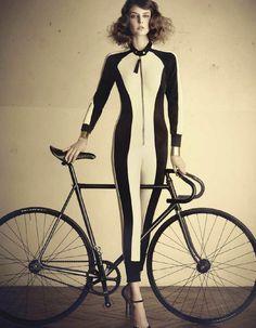 #classic #bike #girl