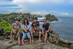 Pura Tanah Lot Tabanan Bali