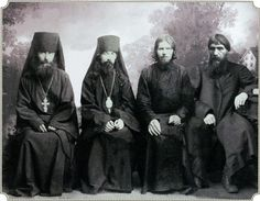 In Verkhoturye Russia in From left to right: Hieromonk Ioanniky (Malkov), Bishop Theophan (Bystrov) Monk Makarios (Polikarpov), Grigori Rasputin Positive Books, Rusalka, World Movies, Family Research, Russian Revolution, Tsar Nicholas Ii, Royal Crowns, Imperial Russia, Family Album