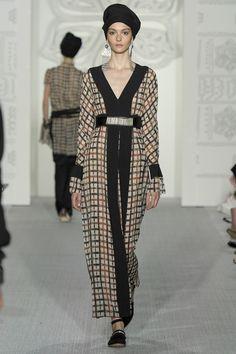Daks Spring 2017 Ready-to-Wear Collection Photos - Vogue