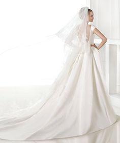 CASARES, Vestido Noiva 2015