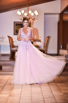 Vestido – Dina Barcelos | Joias – Goldesign | Clutch – Isla