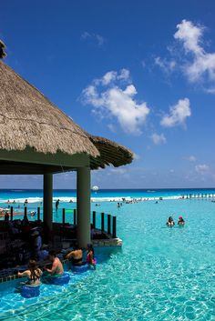 The Westin Lagunamar Ocean Resort Villas & Spa in Cancun, Mexico. (www.pointshogger.com) Pinterest: @BrittanyNiemer☼
