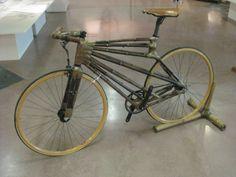 Vélo en bambou du designer Craig Calfee. #bike #design. Photo publiée sur https://velosophe.wordpress.com/2012/06/13/velo-en-bambou-du-designer-craig-calfee/