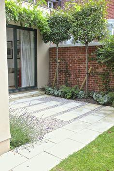 34 fabulous garden path and walkway ideas 00019 – JANDAJOSS.ME – Garden Ideas Design Small Backyard Gardens, Backyard Garden Design, Small Garden Design, Garden Landscape Design, Back Gardens, Outdoor Gardens, Outdoor Paving, Garden Paving, Outdoor Landscaping