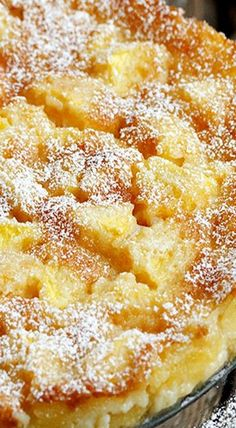 Peaches and Cream Cake--This delicious peach cake recipe uses fresh peaches and . Peaches and Cream Cake--This delicious peach cake recipe uses fresh peaches and bakes up with a little creamy batter - just enough to hold it all together. Peach Cake Recipes, Sweet Recipes, Dessert Recipes, Recipes With Fresh Peaches, Peaches And Cream Cake Recipe, Peach Cobbler Pound Cake Recipe, Peach Cobbler Dump Cake, Summer Cake Recipes, Healthy Cake Recipes