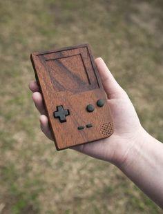 GameBoy de madera | La Guarida Geek