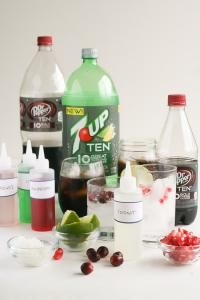 Flavored Syrups for Drinks how-to special holiday flavored drinks that are homemade syrups Fruit Drinks, Non Alcoholic Drinks, Cocktail Drinks, Yummy Drinks, Beverages, Cocktails, Healthy Drinks, Soda Stream Recipes, Coca Cola