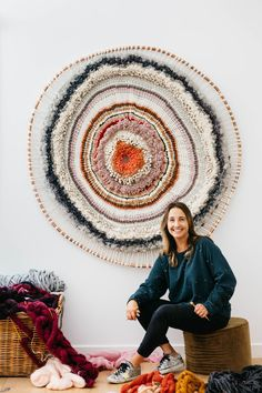 Tammy Kanat 2019 Tammy Kanat Design Crush The post Tammy Kanat 2019 appeared first on Weaving ideas. Weaving Wall Hanging, Boho Wall Hanging, Weaving Art, Tapestry Weaving, Loom Weaving, Rug Loom, Hand Weaving, Textiles, Crafts For Teens