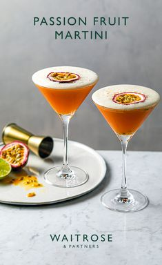 10 The Best Vodka Cocktails Everyone Ideas Raspberry Cocktail, Raspberry Mojito, Passionfruit Cocktail, Cocktail Menu, Champagne Cocktail, Cocktail Martini, Vodka Martini, Cocktail Glass, Martini Recipes