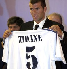 July 9th. 2001: €76m Galactico Zinedine Zidane Signs For Real Madrid