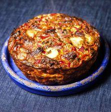 Πλούσια, αφράτη, φουσκωτή αλλά κυρίως χορταστική, αυτή η ομελέτα φούρνου θα σας βγάλει απ' τη δύσκολη θέση. Φανταστείτε τη σε ταπεράκι για τη δουλειά, αλλά και σε μια πιατέλα στο κέντρο ενός επίσημου τραπεζιού. Greek Recipes, Salmon Burgers, Baked Potato, Food To Make, Cooking Recipes, Eggs, Yummy Food, Breakfast, Ethnic Recipes