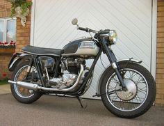 old Triumph thunderbird -1966 650cc reg No KRC 410D Search