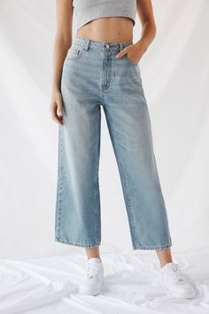 Basic Outfits, Jean Outfits, Cool Outfits, Casual Outfits, Look Fashion, Korean Fashion, Fashion Outfits, Wide Leg Denim, Wide Leg Jeans