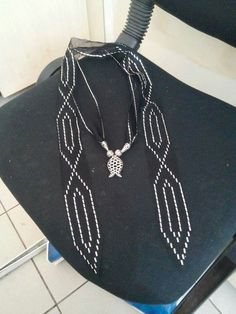 Bobbin Lace, Hand Embroidery, Elsa, Arrow Necklace, Purses, Tattoos, Crafts, Jewelry, Fashion