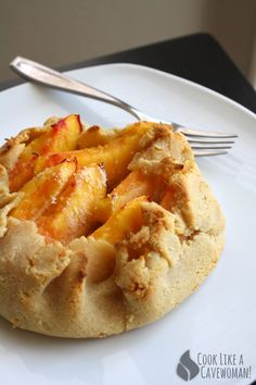 Rustic Nectarine Tart | Cook Like a Cavewoman! | Easy Paleo Recipes for Feel-Good Eating