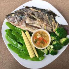 Clean Recipes, Diet Recipes, Healthy Recipes, Healthy Foods, Thai Food Menu, Tasty Thai, Thai Street Food, Good Food, Yummy Food