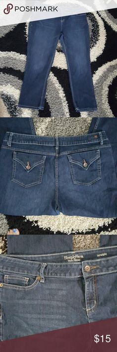 Simply Vera Wang Capris in excellent condition like new only worn once Simply Vera Vera Wang Jeans