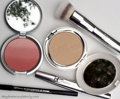 IT Cosmetics Your Most Radiant You swatches - daydreaming beauty #ITCosmetics #crueltyfreebeauty